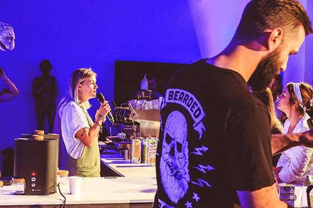 ROUND 1 in Zagreb was 🔥i n t e n s e 🔥Each team had 15 minutes to make 2 espressos, 1 cappuccino, and 1 wildcard drink. The judges spun the wheel to determine your fate. AT THE SAME TIME, green coffee was being roasted for our ROUND 3 cupping! ⚡️