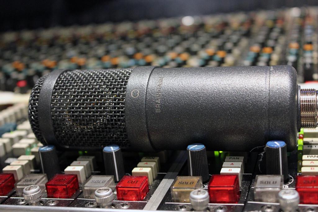 Braingasm_Microphones_Microfono_47_Joe_Chiccarelli_Drums
