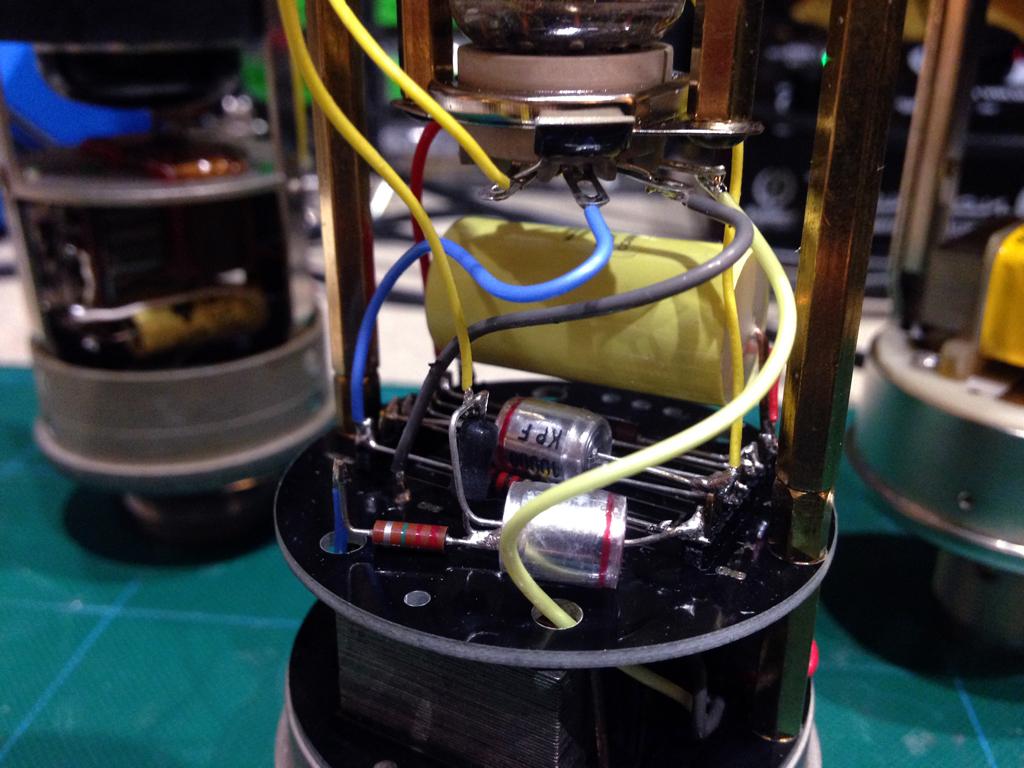 Braingasm_Microfoni_Roma_GA47_Deck.JPG
