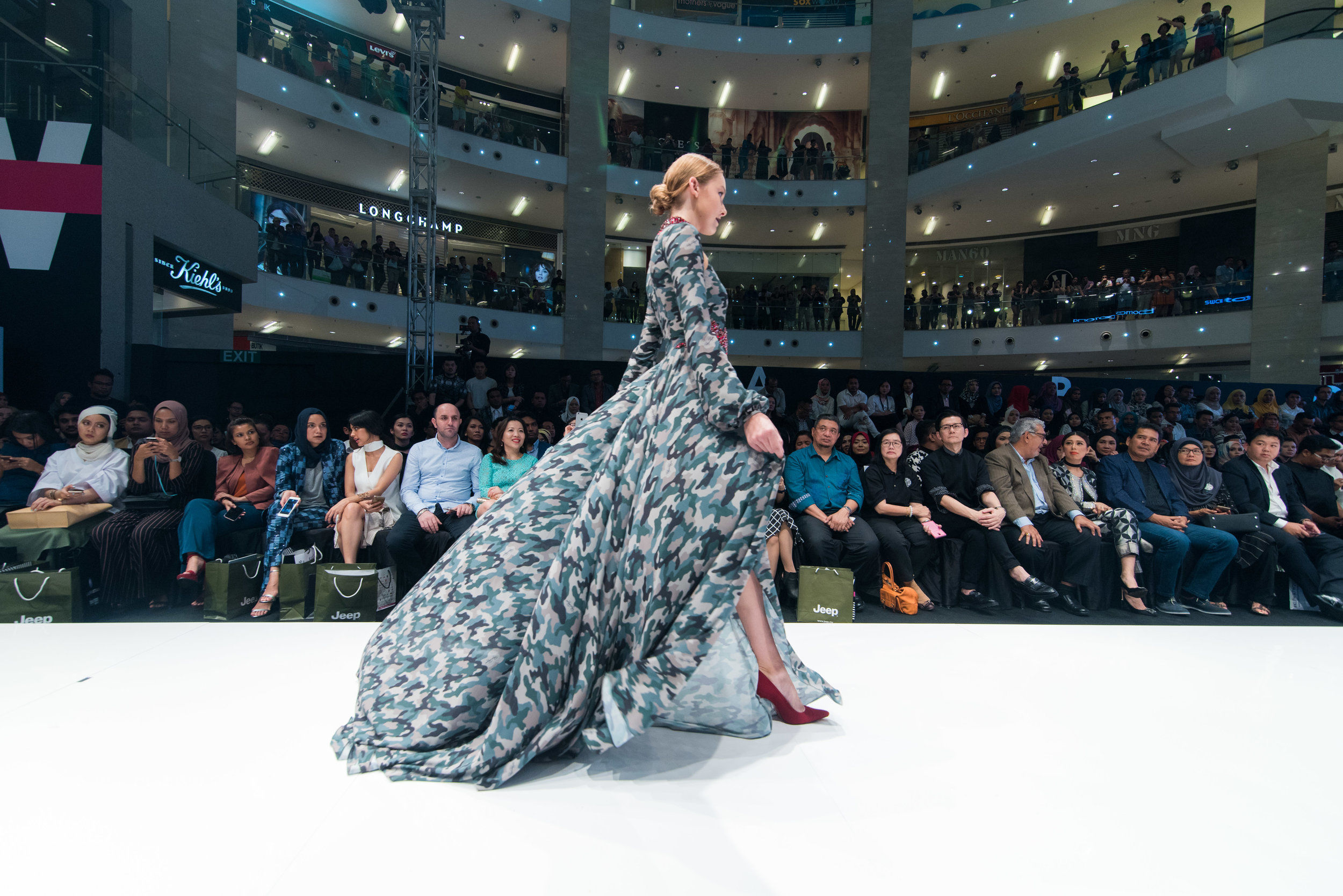 KLFW 2016 - Day 1  - DDY_7418 - Photo by © All Is Amazing.jpg