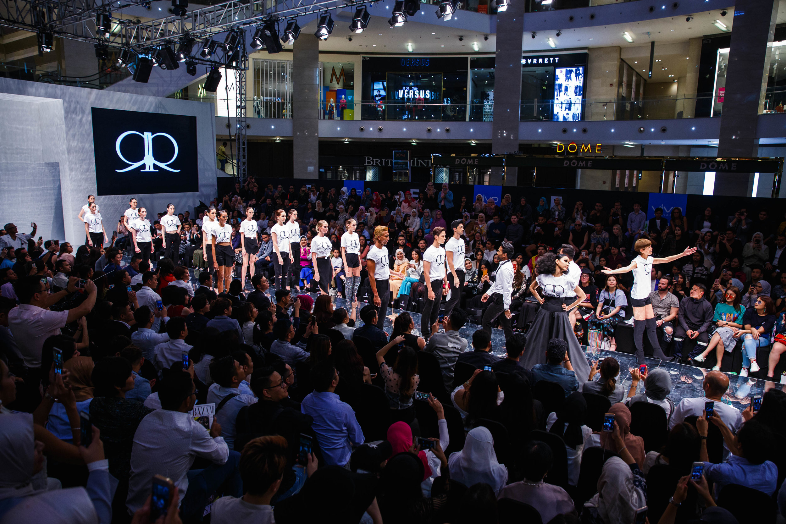KLFW 2017 - Day 3 - IMG_2702 - Photo by All Is Amazing.jpg