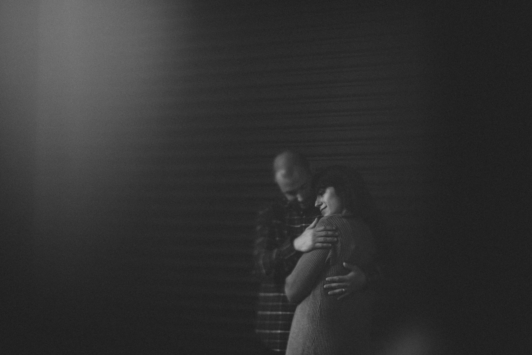 PHOTO OF A COUPLE IN NEW YORK
