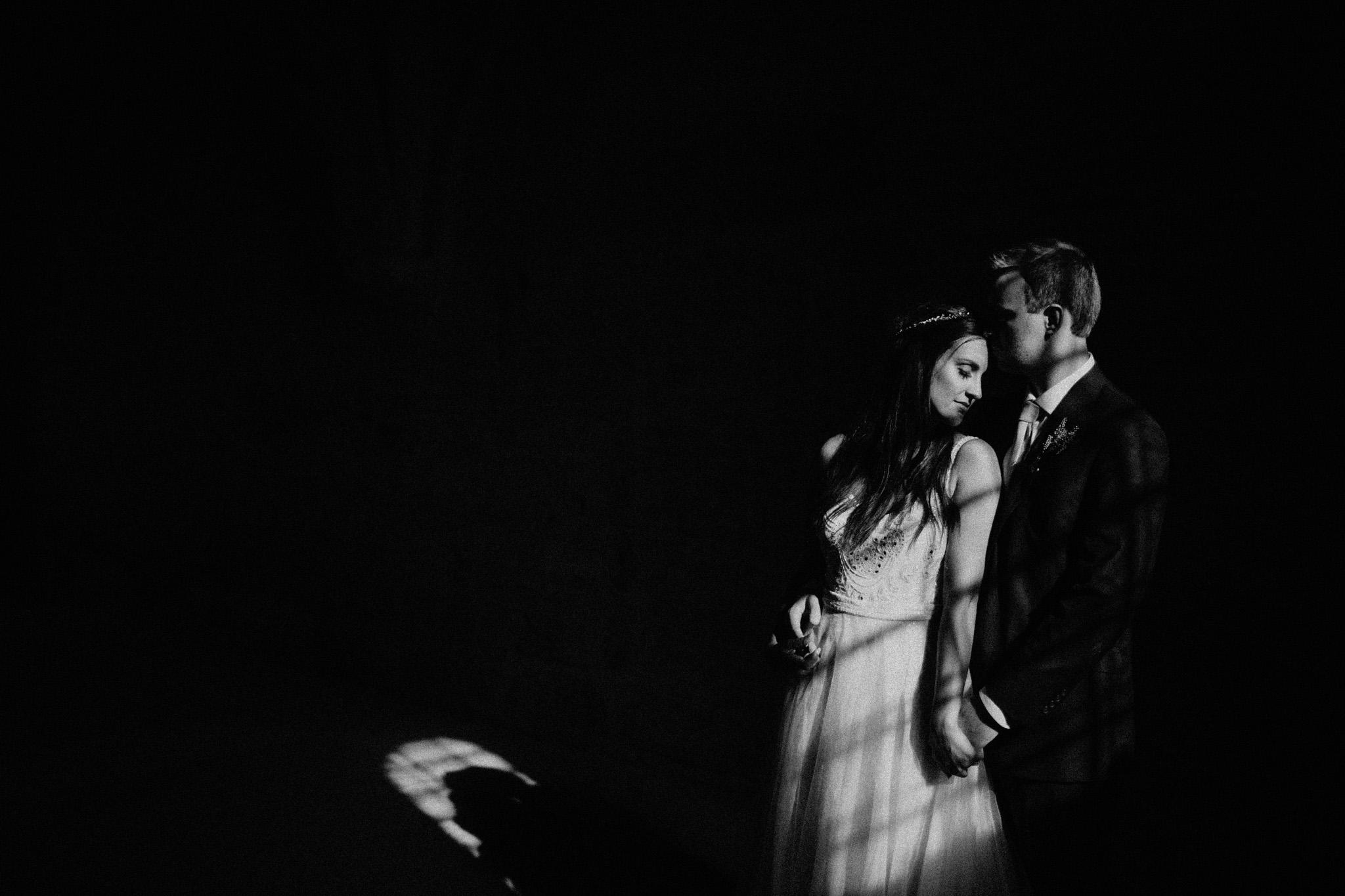 BOHO-ITALIAN-WEDDING-IN-TUSCANY-9-2.jpg