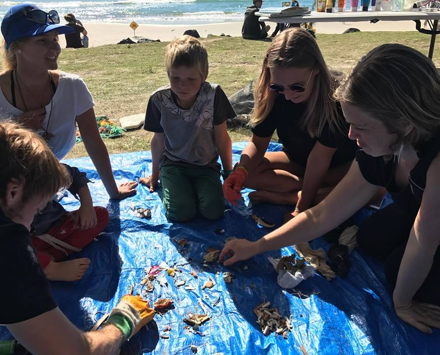 Sorting the 240 pieces of rubbish we collected within 100m of Main Beach in less than an hour. Thank you to our helpers!