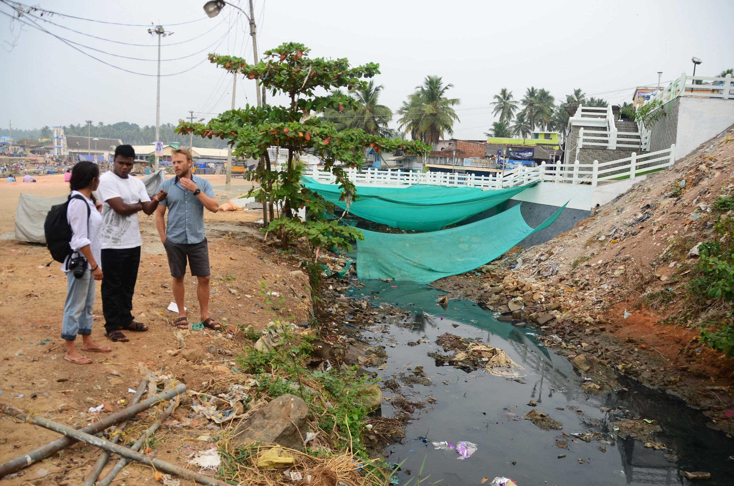 The team assessing the polluted estuary,  Gangaya , in Vizhinjam Harbour.