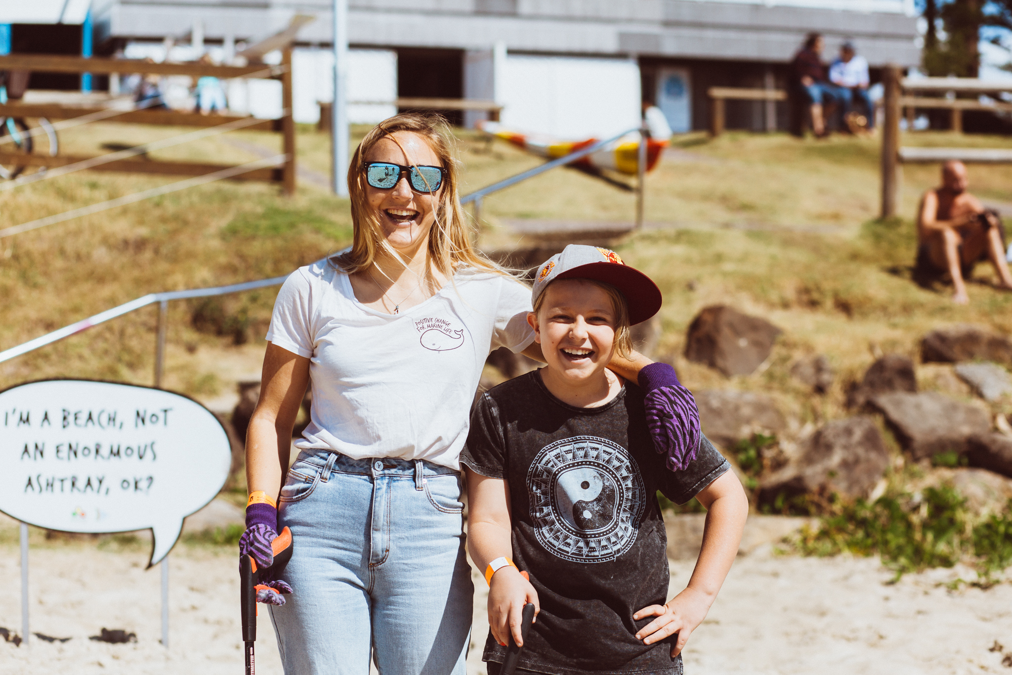 Byron Bay Co-ordinator Zoe White working with local children to raise awareness about marine pollution. Photograph by Dane Scott Creative.