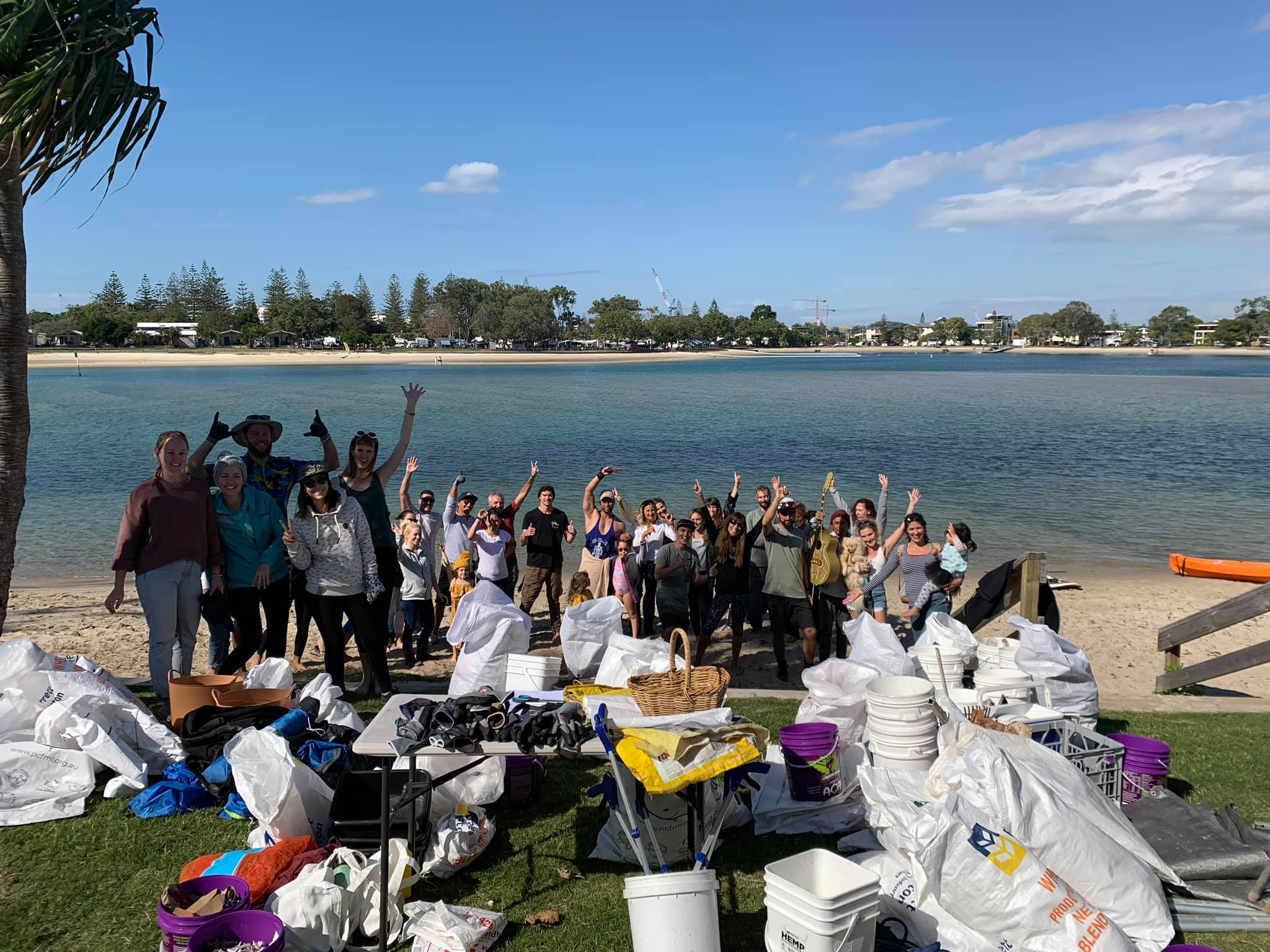 A huge haul of over 2,500 items was collected by around 70 volunteers. Total weight = 151kg.