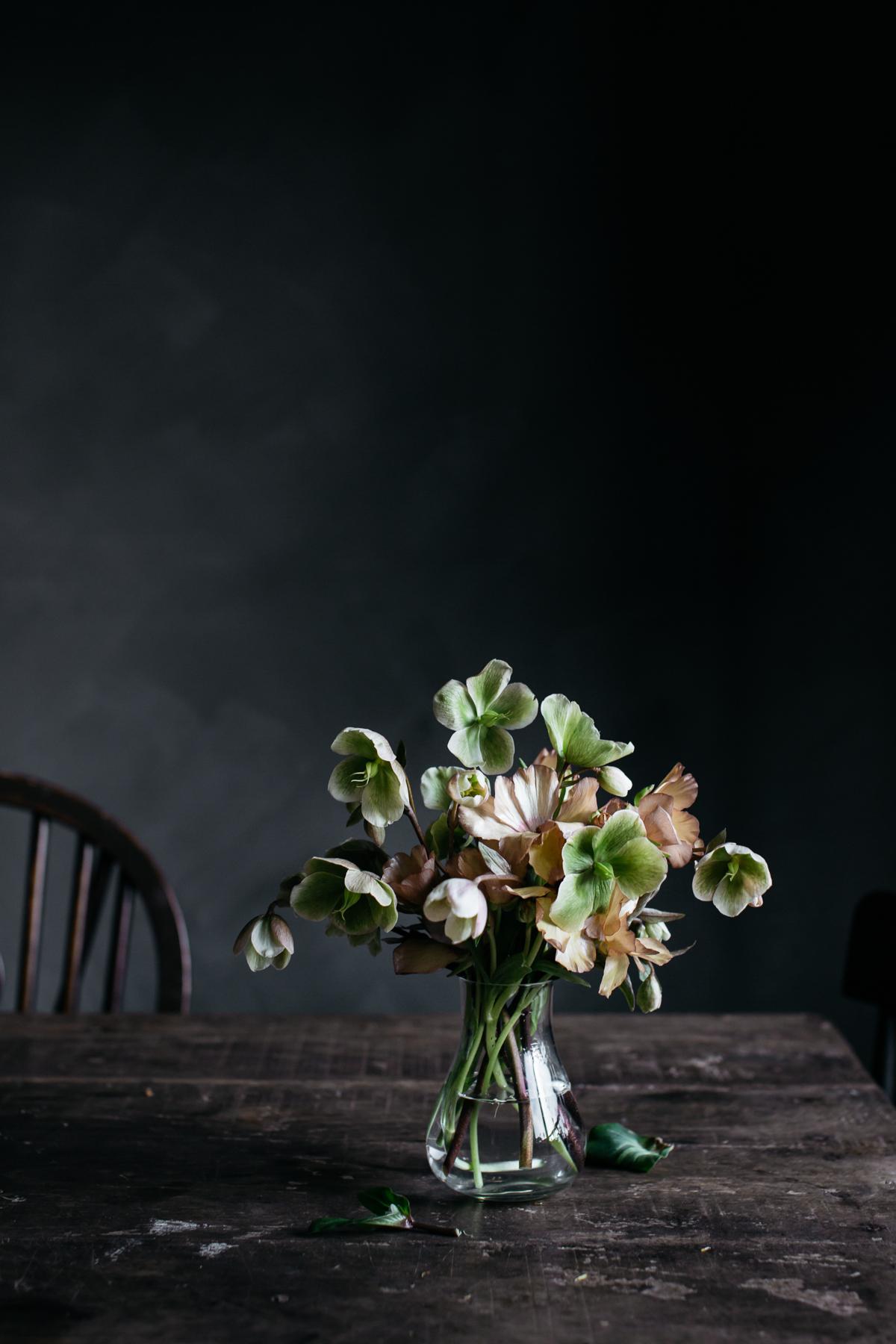flowerontable_暗角-1.jpg