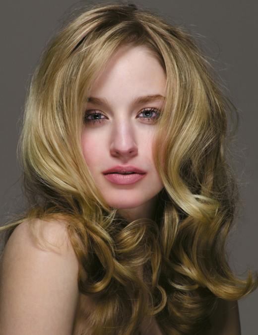 2008_long_wavy_blond.jpg