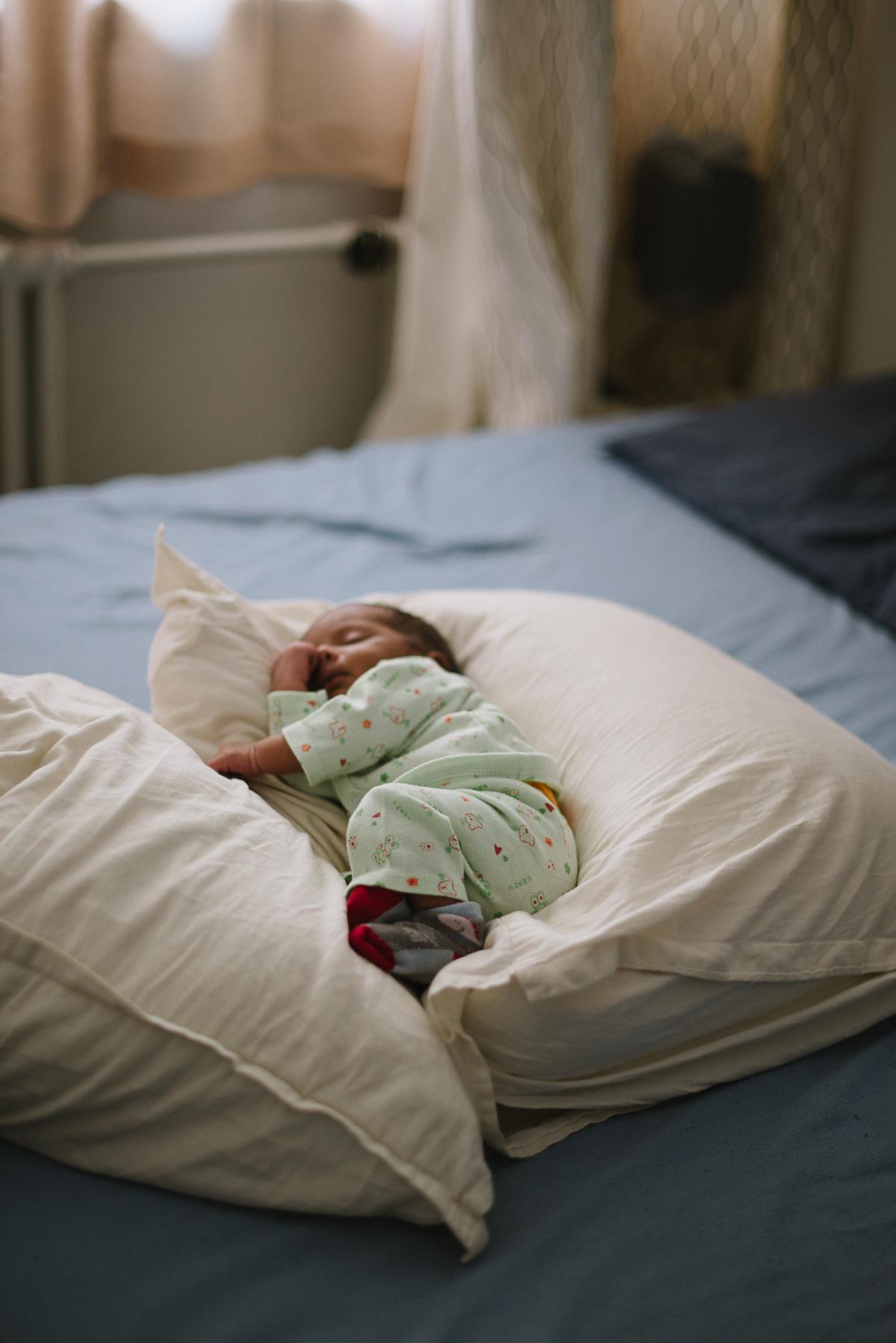Newborn©RochelleCootePhotography-1.JPG