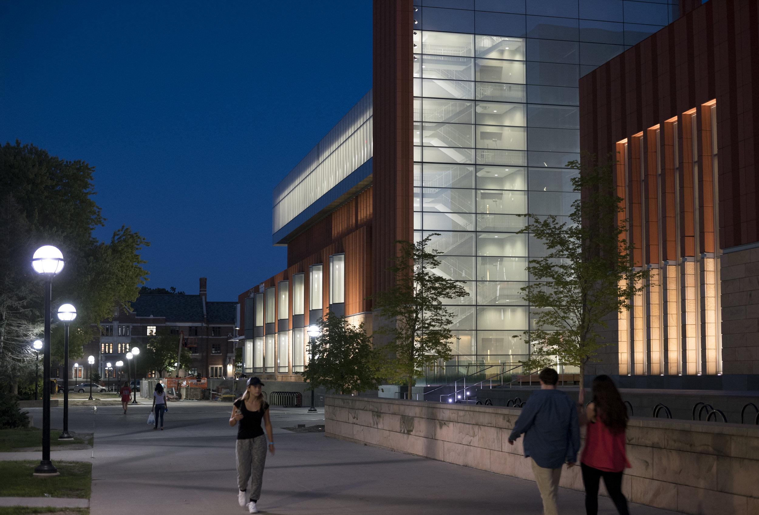 University Of Michigan Ross School Of Business - Jeff T. Blau Hall And Kresge Hall