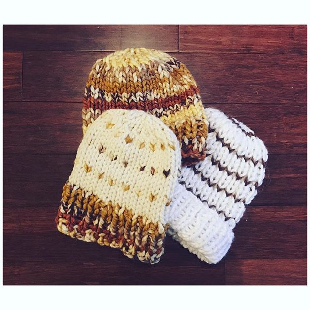 Sorry we've been MIA Loves! We had quite a busy fall ❤️ But we are back! And getting ready for the holiday season ❄️ While these little beauties patiently wait for their Pom-Poms stay tuned for TTS updates and new Holiday products 😘 xoxo . . . #threesistersupply #holidayseason #pompomhats #handknit #chunkyknits #thatnewnew #winteriscoming #staywarm #lovehandmade #locallove #vintagebazaar #vintageiscoming #holidaybazaar #peaceandlove