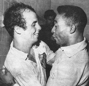 Almir Pernambuquinho e Pelé.