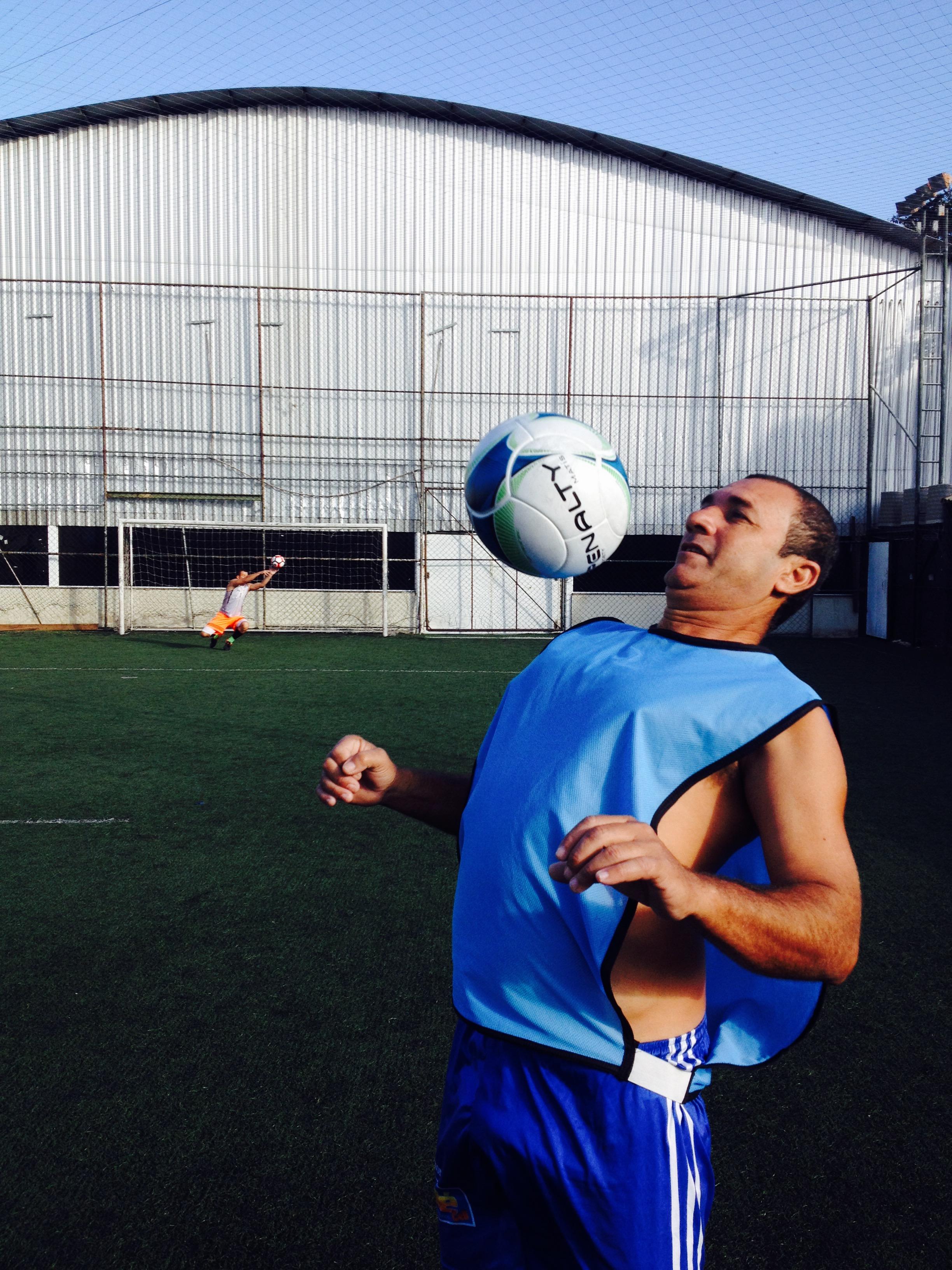 Gamelão mostra controle de bola
