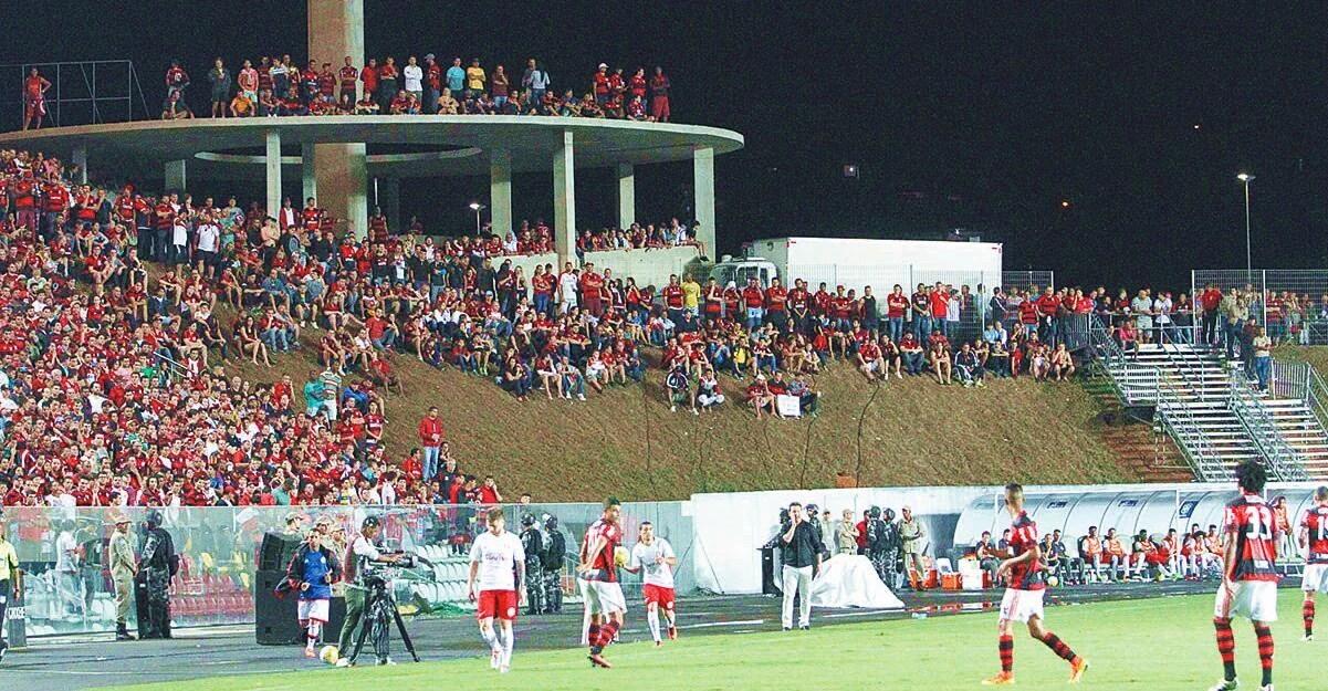Flamengo fez bons jogos no Estádio Kleber Andrade, em Cariacica