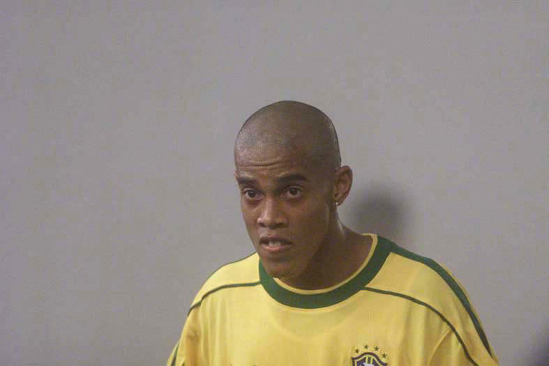 No início da carreira, Ronaldinho Gaúcho já foi alvo dos cliques de Tristão