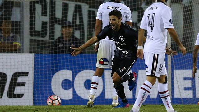 Pimpão comemora o gol que deu a classificação ao Botafogo