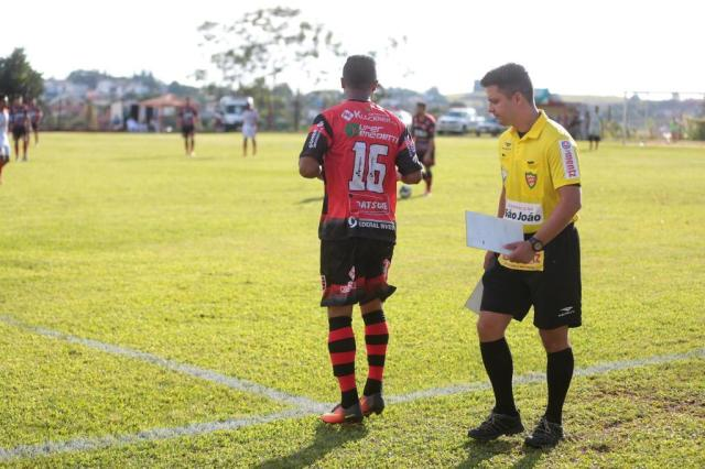 15 de março: com o mesmo número que o celebrizou, Gabiru deixa o banco de reservas e estreia pelo Tupi, de Crissiumal (Foto: André Ávila / Agencia RBS)