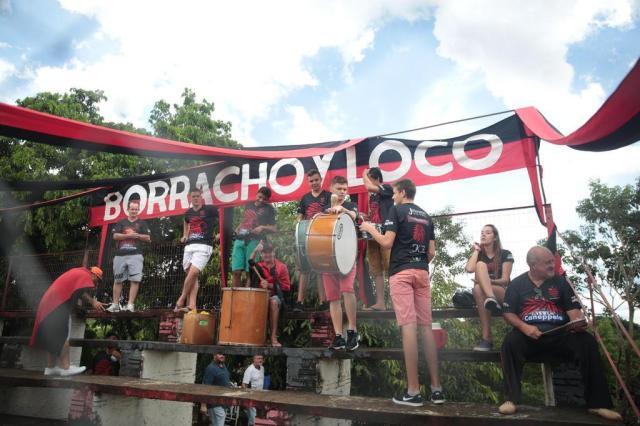 A torcida organizada do Tupi (Foto: André Ávila / Agencia RBS)