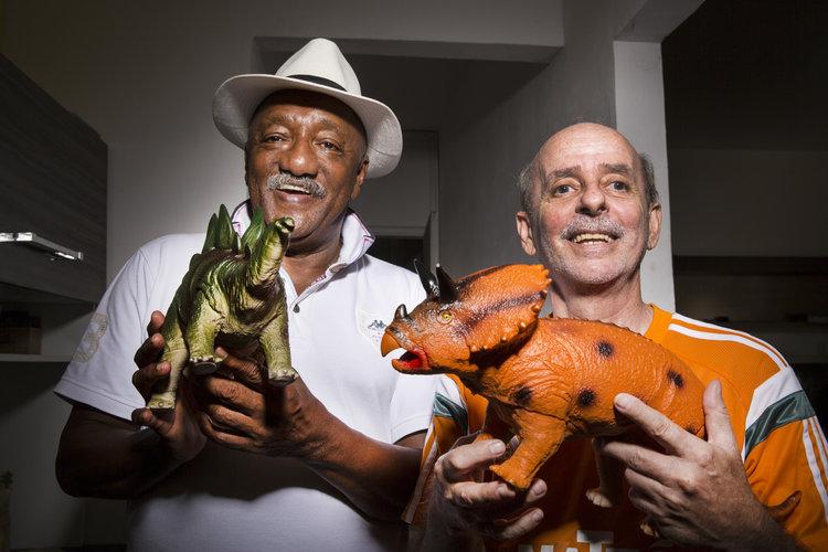 PC Caju e Gilson Gênio: dinossauros da bola (Foto: Marcelo Tabach)