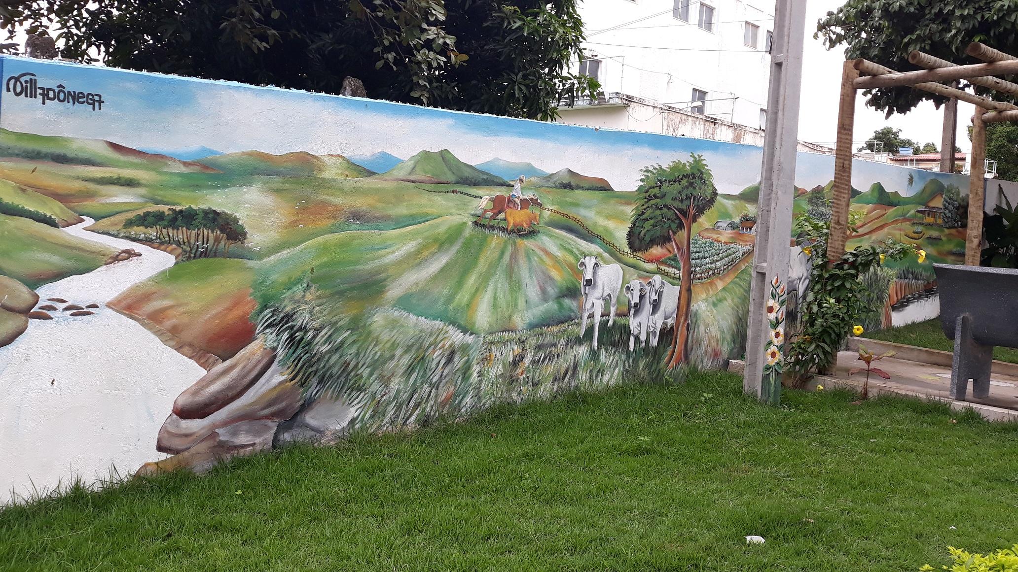 Painel de Villadônega II no SAAE de Itapetinga B.jpg