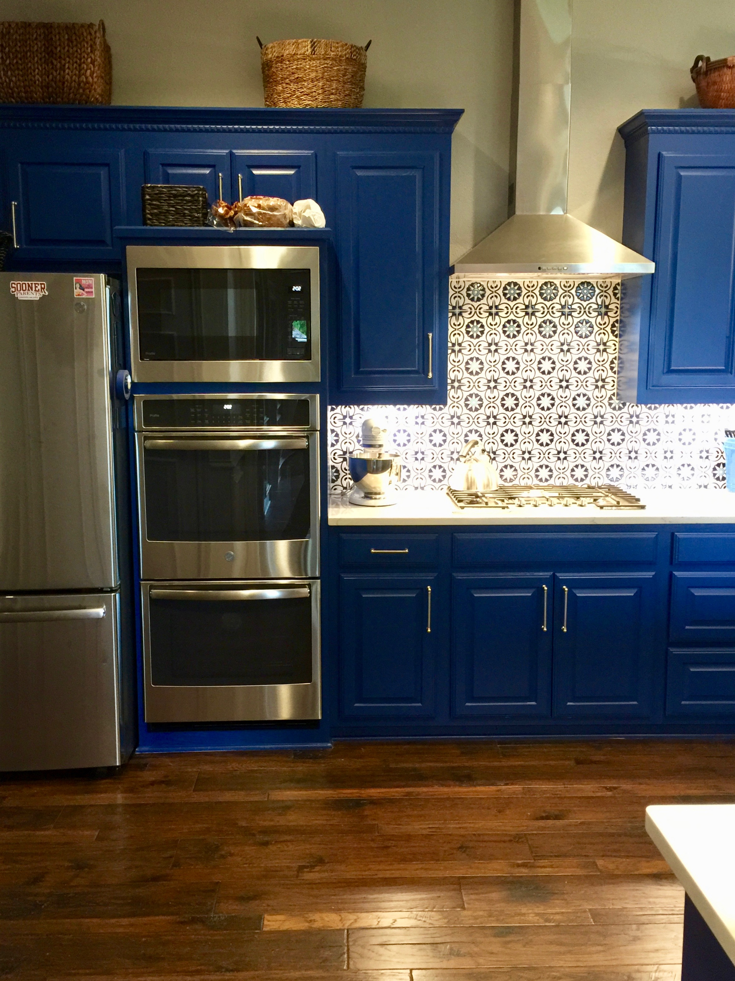 Cambria Ella + - The customer created her own Fireclay Tile design!