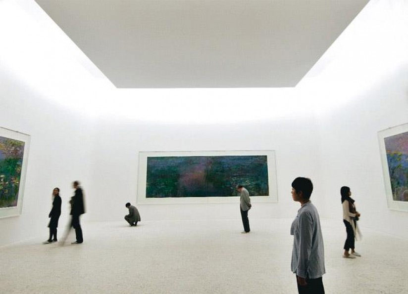 Chichu Monet room.jpg