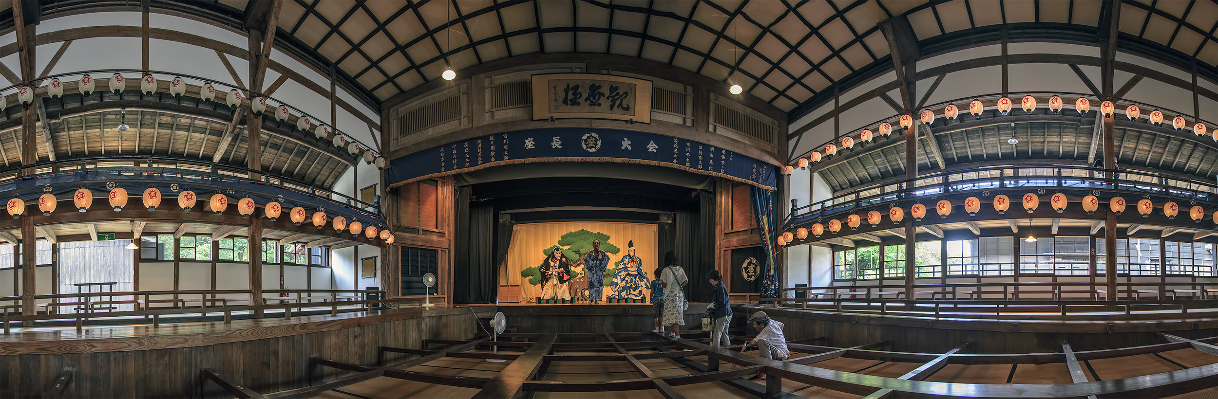 138_3900-RAW-photomerge-panorama-Kabuki-Theater-Kurehaza-呉服座-Meiji-Mura-明治村.jpg