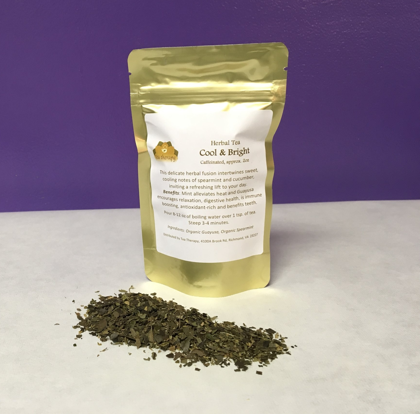 Cool & Bright - Herbal tea – caffeinated - This delicate herbal fusion intertwines sweet, cooling notes of spearmint and cucumber, inviting a refreshing lift to your day.