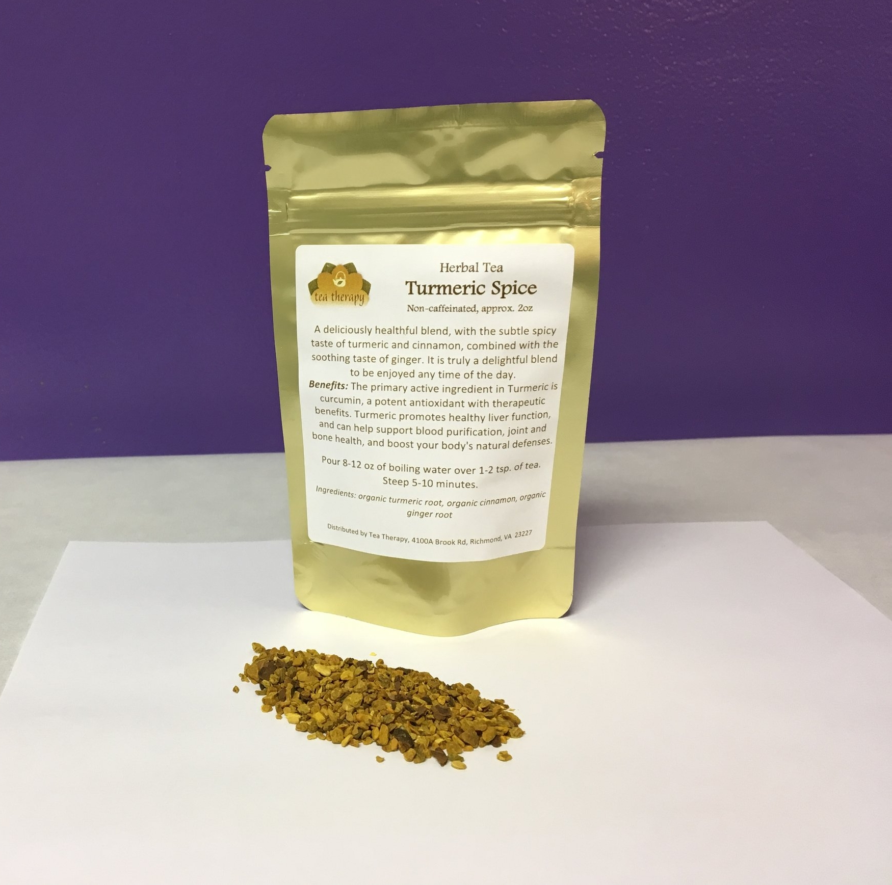 Turmeric Spice - Herbal tea – non-caffeinated - A deliciously healthful blend, with the subtle spicy taste of turmeric and cinnamon, combined with the soothing taste of ginger. It is truly a delightful blend to be enjoyed any time of the day. Benefits: The primary active ingredient in Turmeric is curcumin, a potent antioxidant with therapeutic benefits. Turmeric promotes healthy liver function, and can help support blood purification, joint and bone health, and boost your body's natural defenses. Ingredients: organic turmeric root, organic cinnamon, organic ginger root