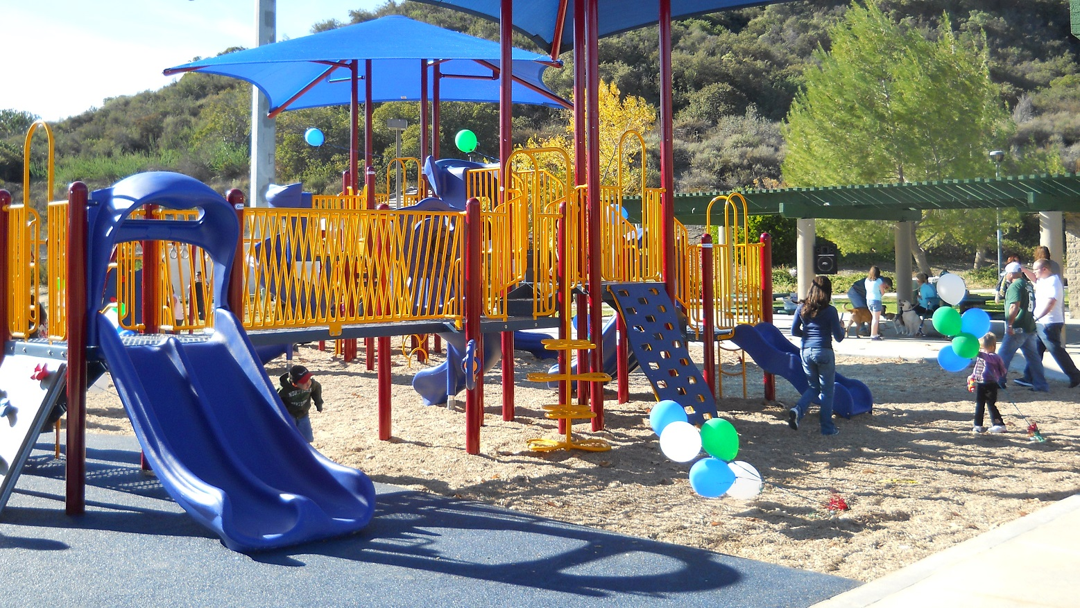 building better communities   Commercial Recreation Design & Installation   LEARN MORE