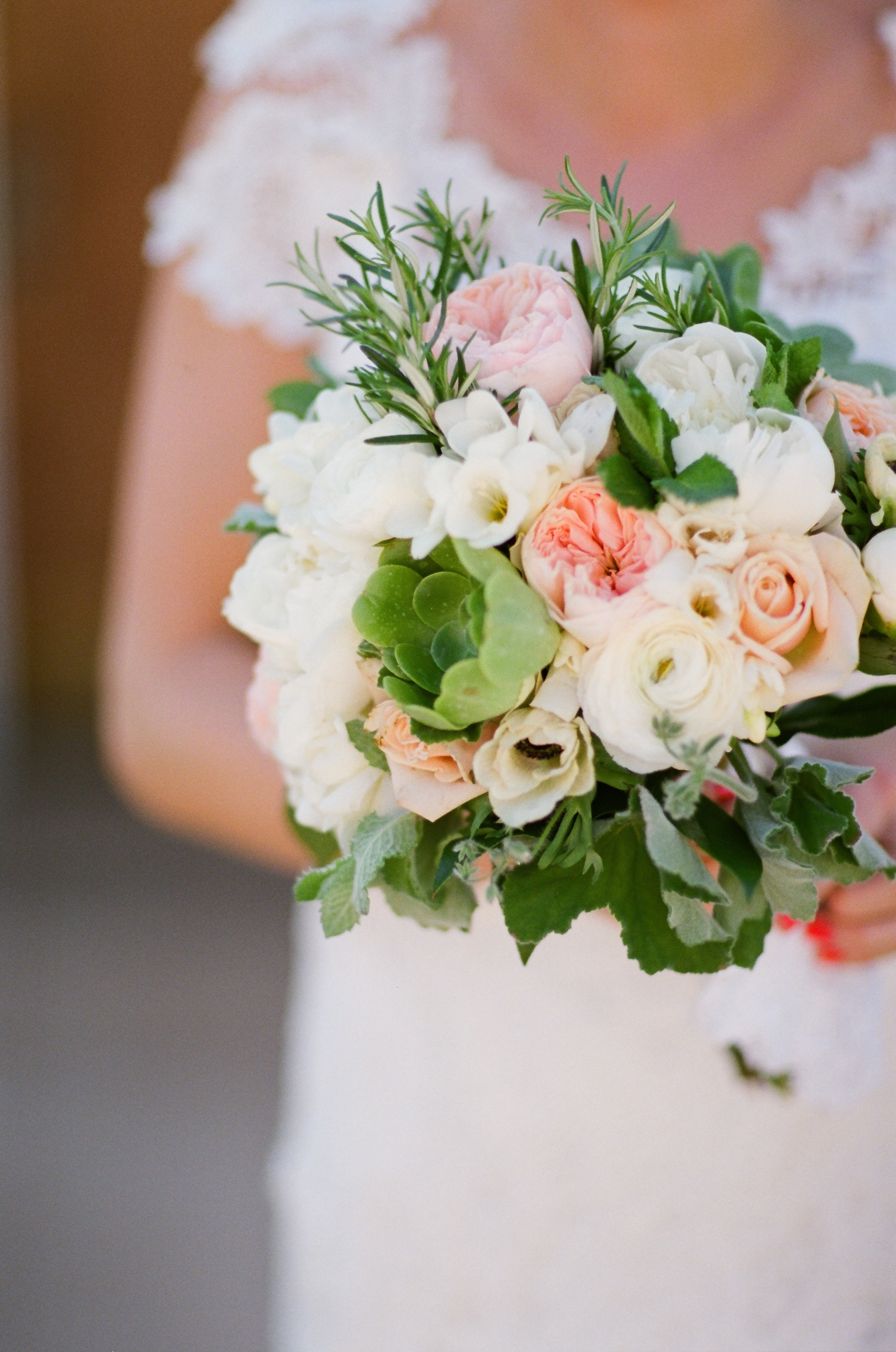 Pink and white bouquet - Hoste Events