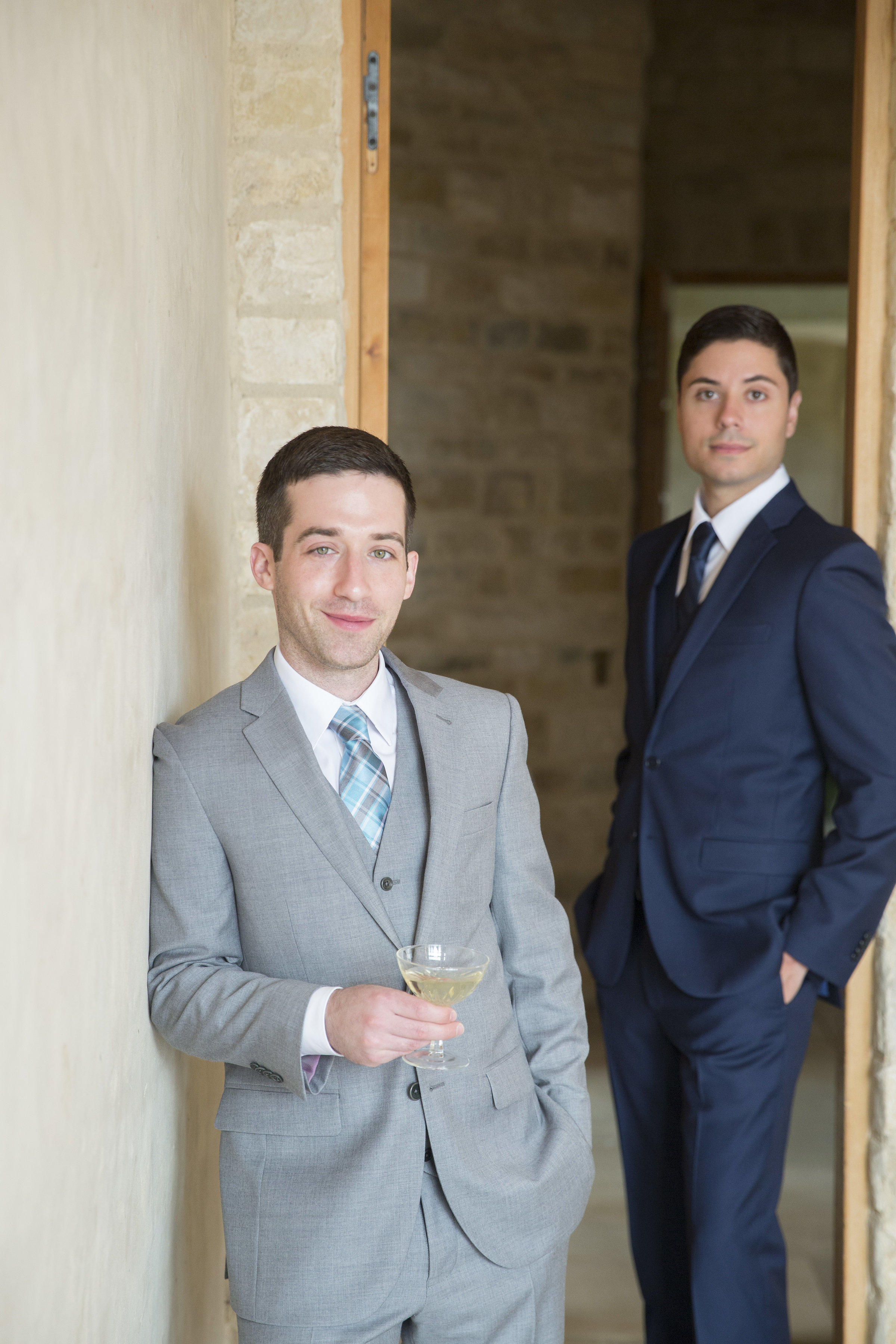 grooms at Sunstone Winery