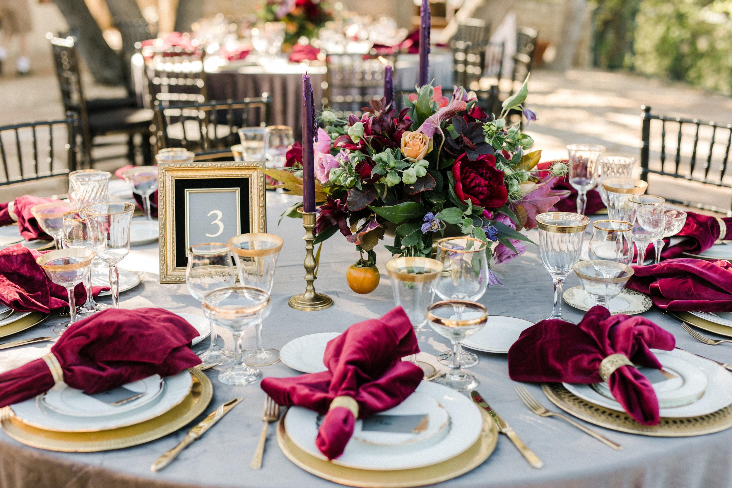 rich tones tablescape