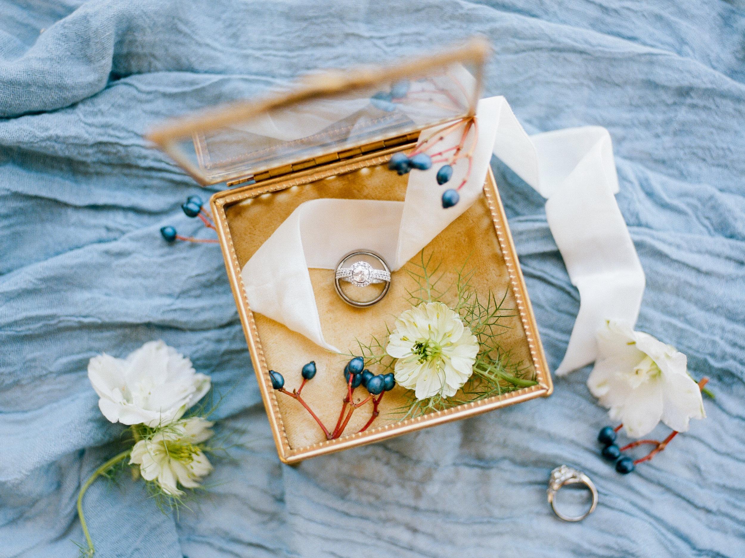 gold glass ring box