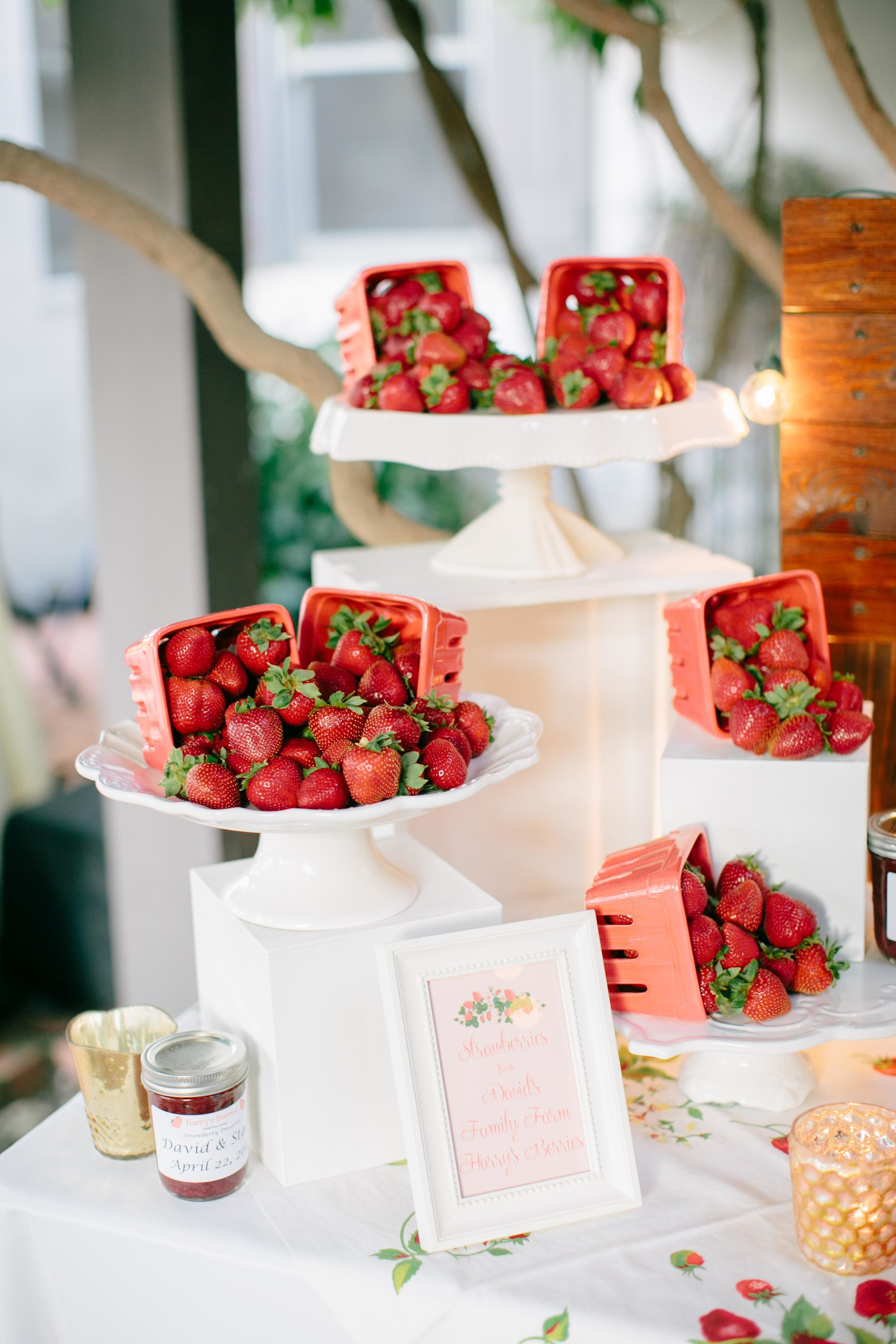 fresh strawberry table