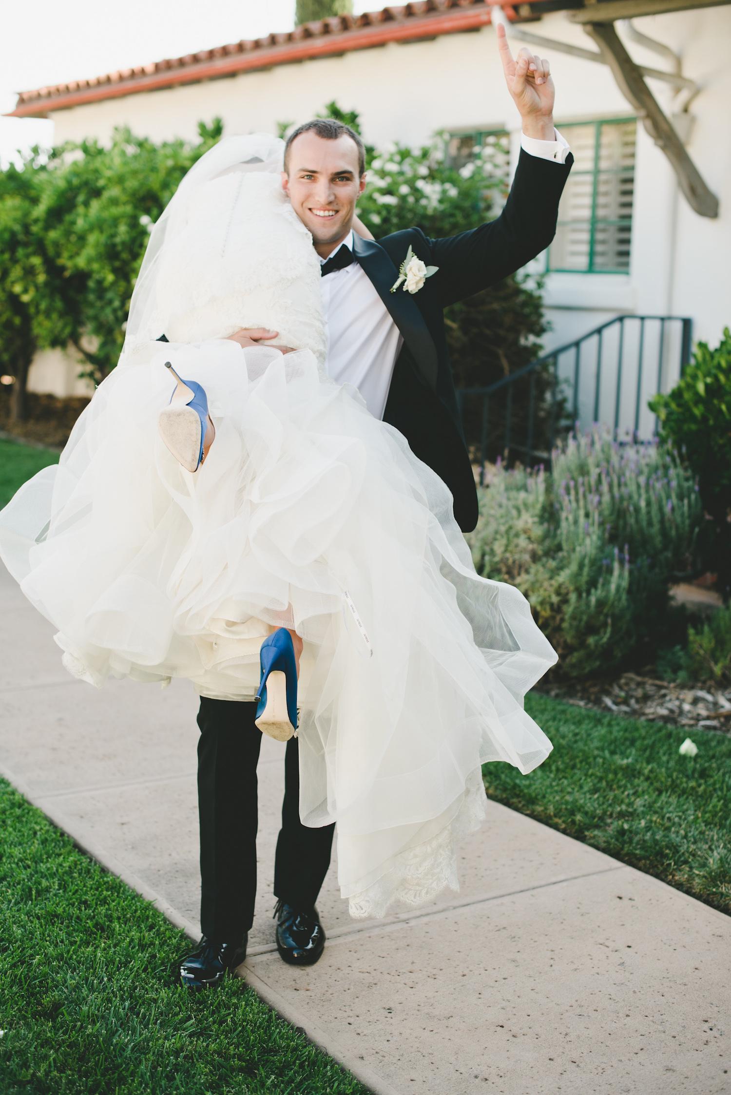 Fun Wedding Photo Ojai Valley Inn