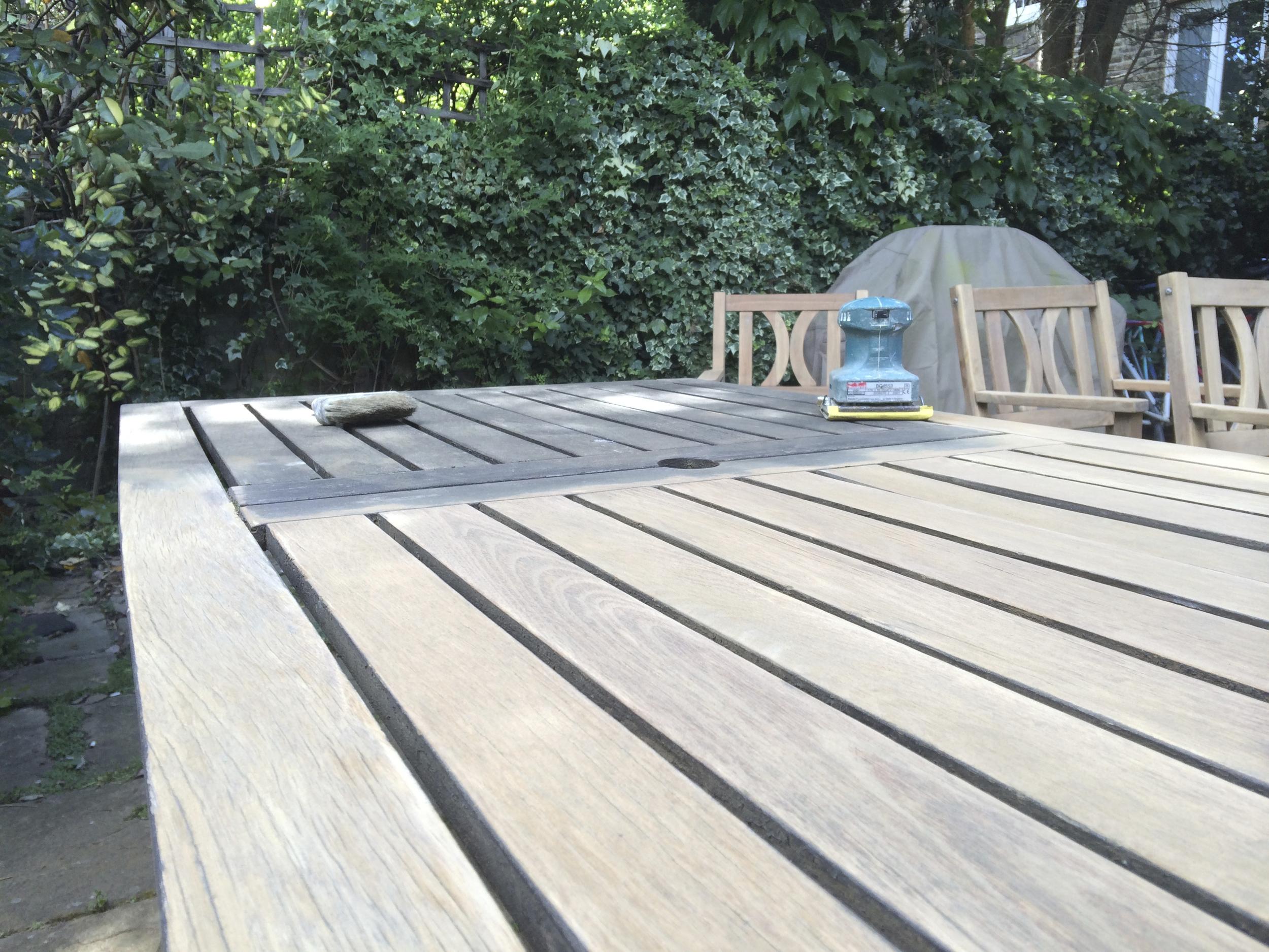#NHRenovations #Painter #Decorator #London #Holloway #Garden #Furniture #Old #Sanding
