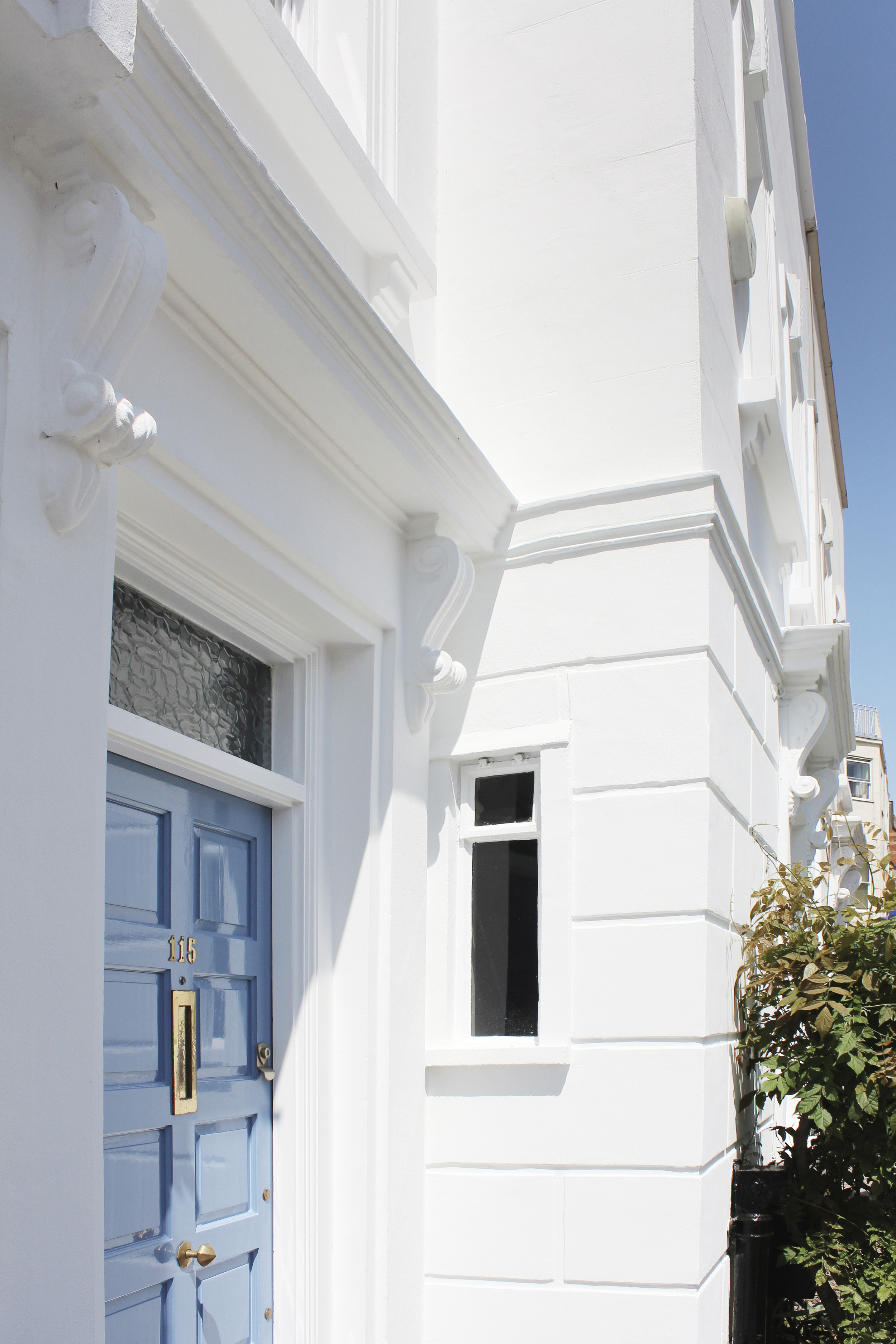#NHRenovations #Painter #Decorator #London #Kentishtown #Listedbuilding #Windows #Masonry #Limeplaster #Frontdoor #Customisedblue #Keim #Keimminerals #Exterior #Building #Kentish