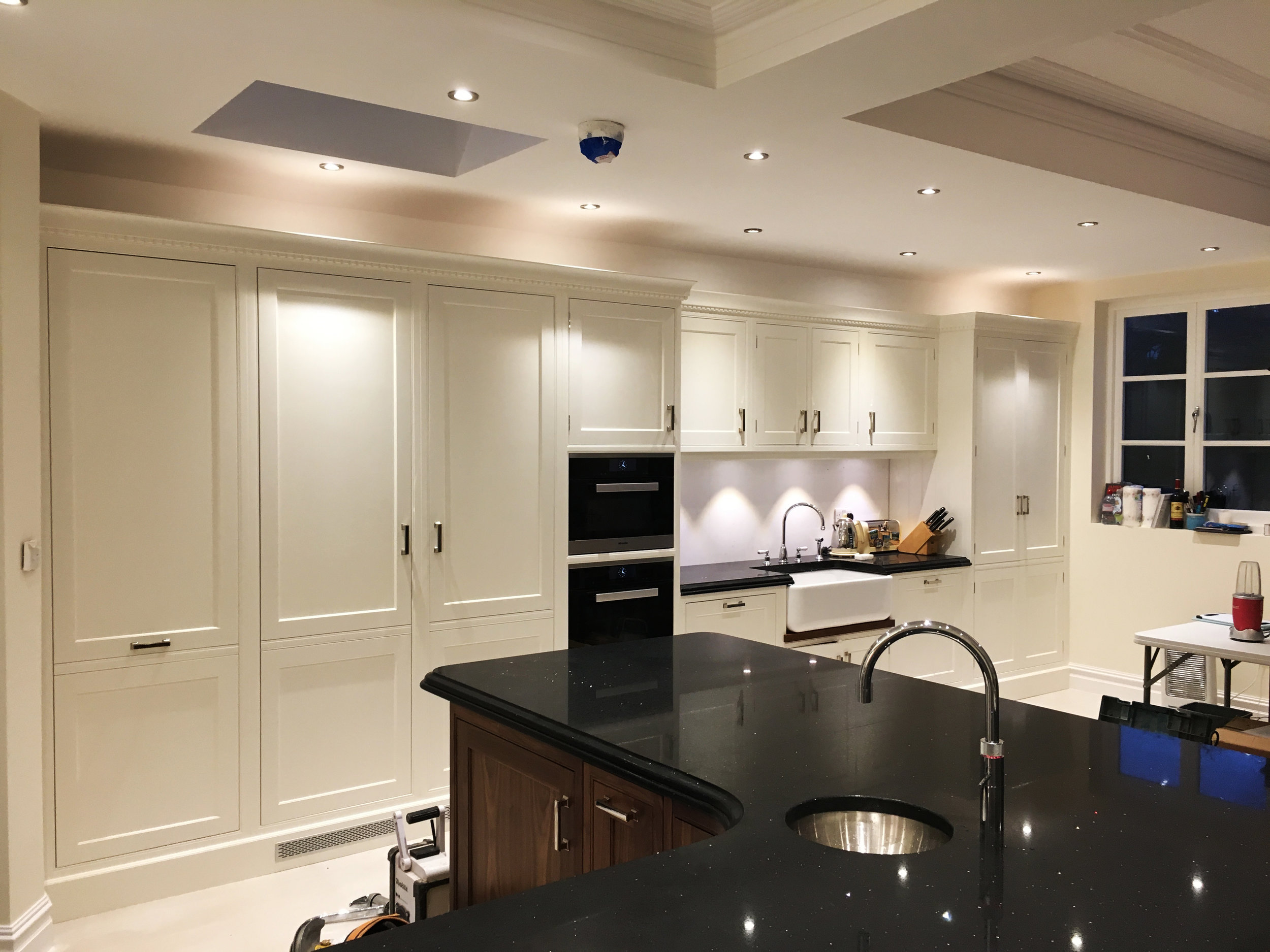 #CharlesYorke #Handpainted #Traditional #Kitchen #PalmersGreen #Farrowandball #Pointing