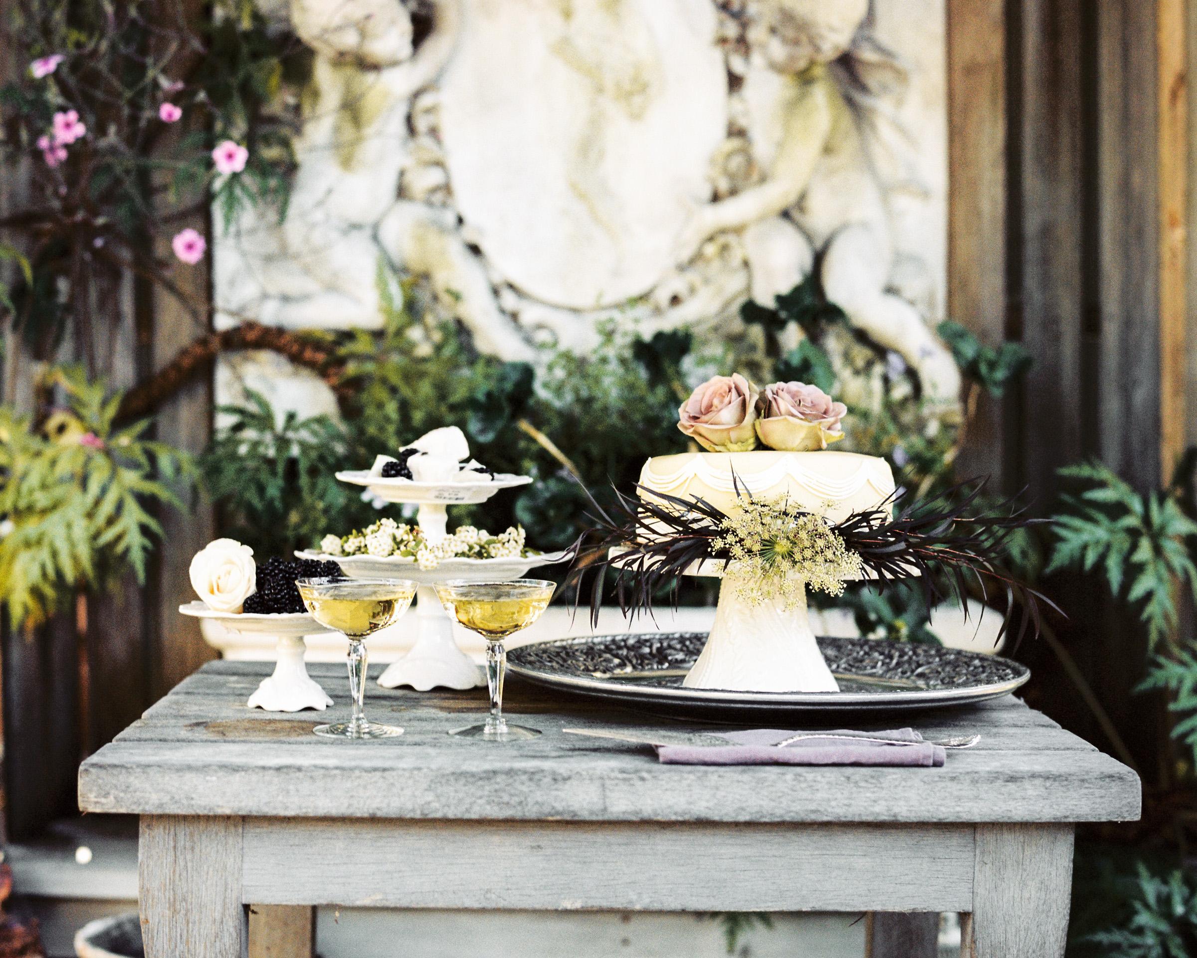 The-Folley-Estate-Wedding-Dessert-Table-.jpg