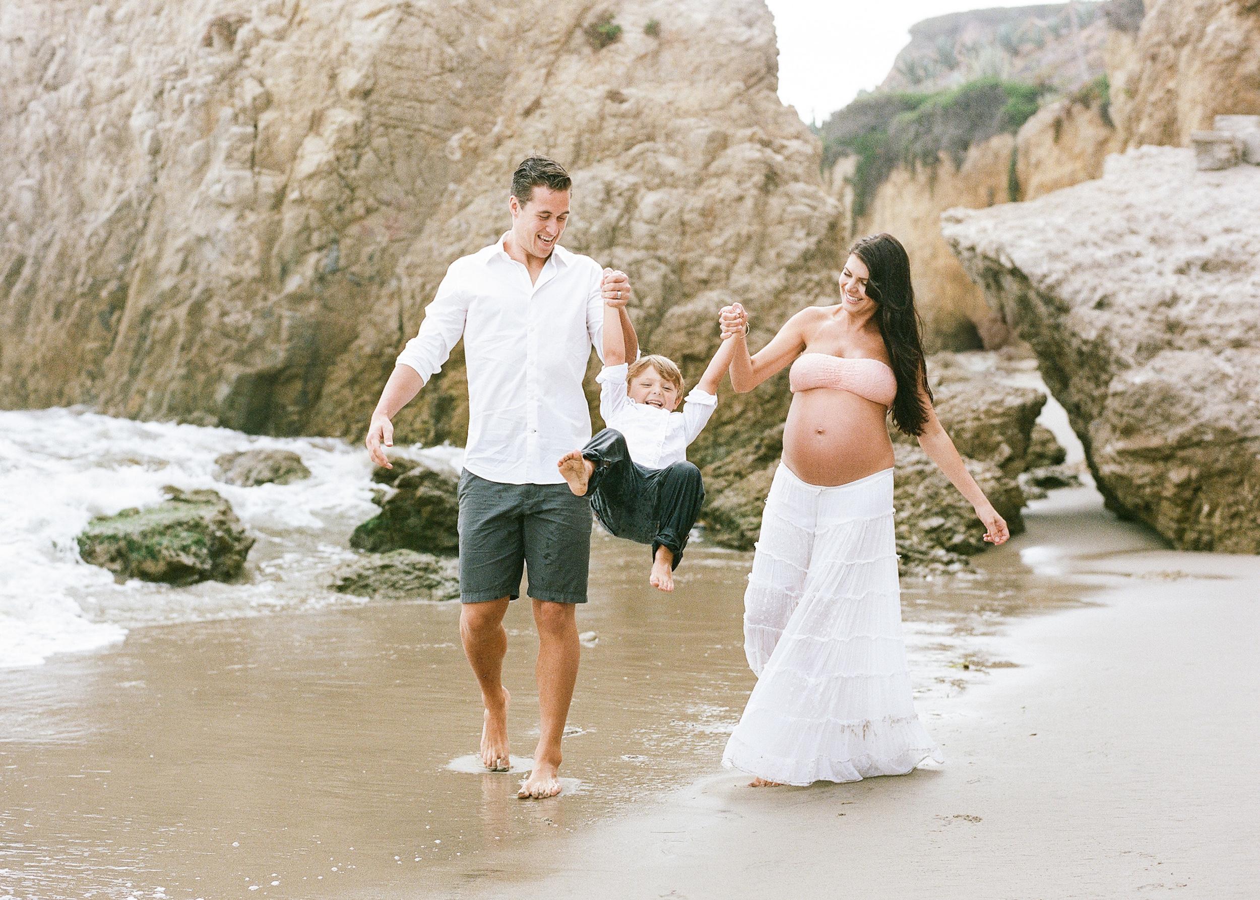 Malibu-El-Matador-Beach-Family-Session.jpg