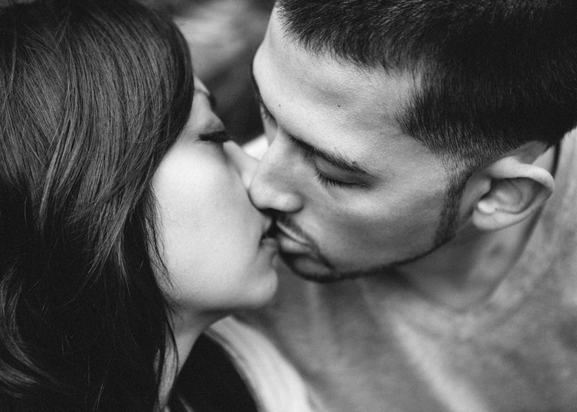 San-Francisco- Engagement-Session-Kissing.jpg