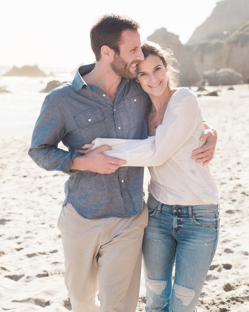 Lifestyle-Beach-Engagement-Session-in-Malibu-21.jpg