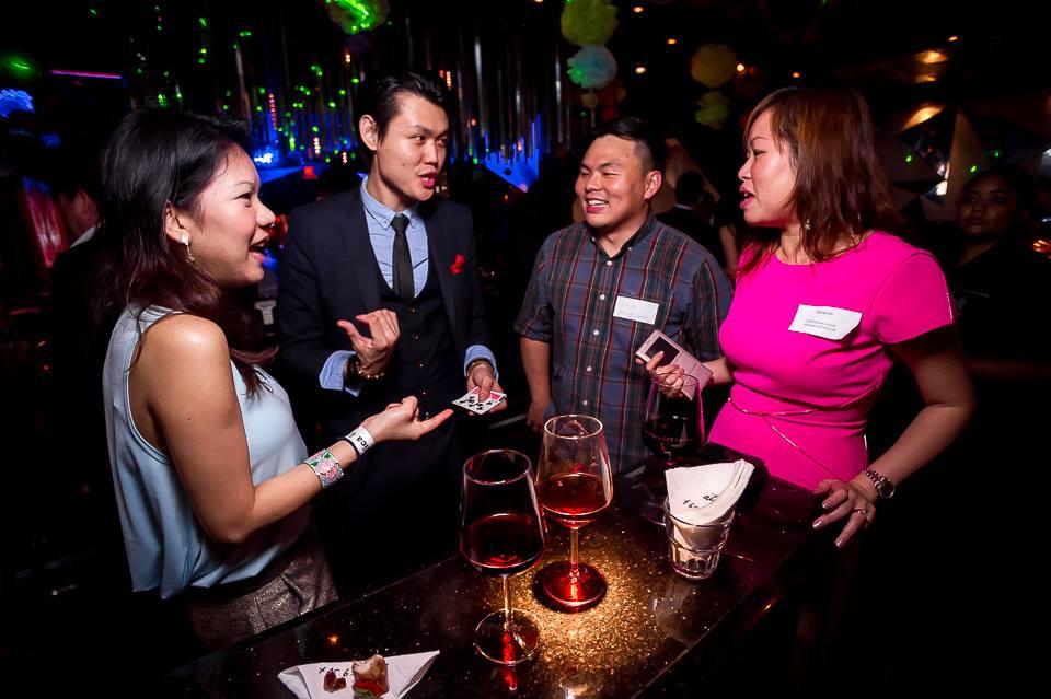 Singapore Magician Corporate Entertainer