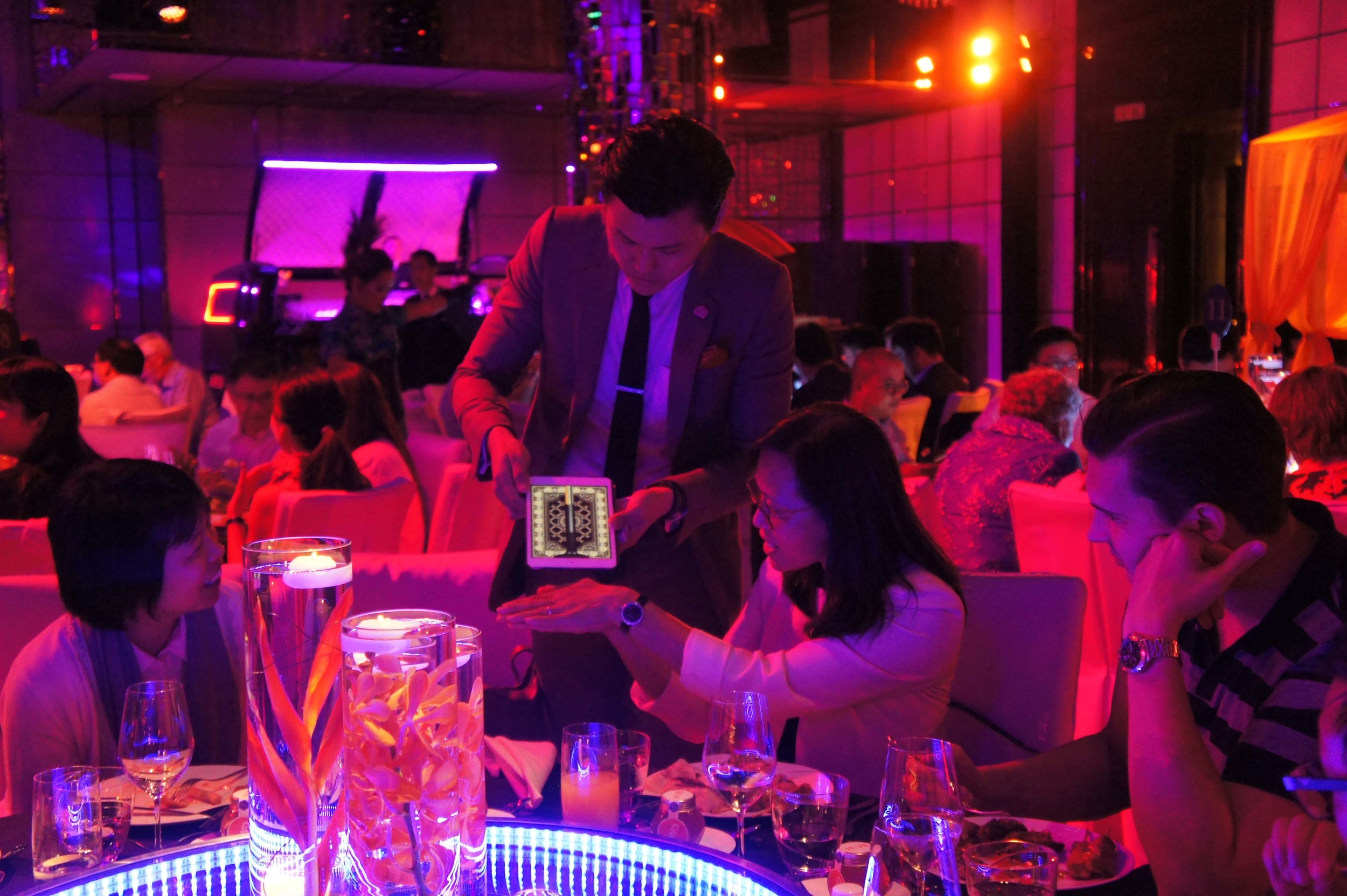 Hong Kong iPad Magic