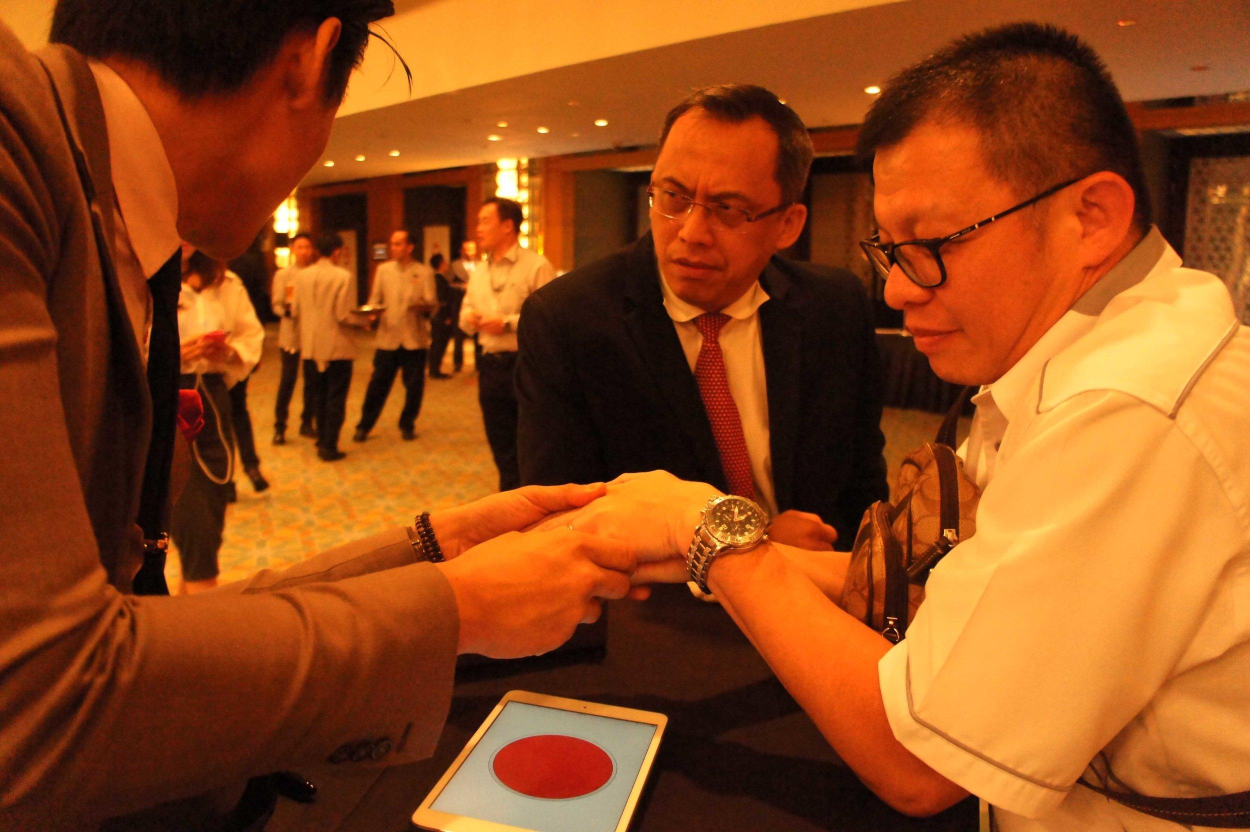 iPad Magician International