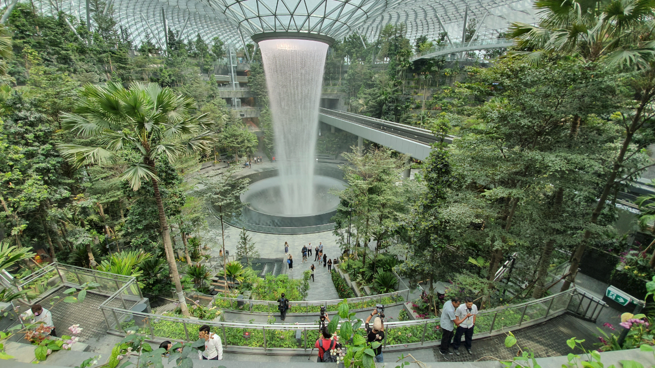 Jewel Changi Airport iPad Magic