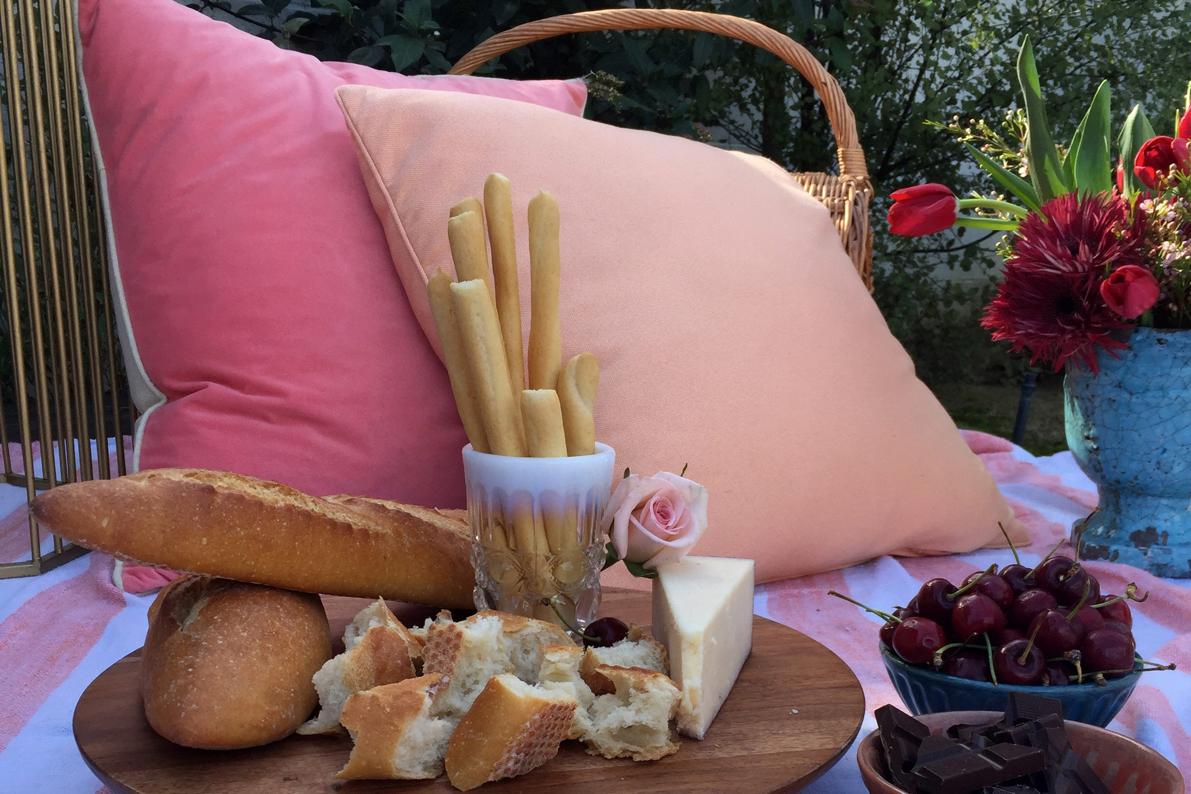 Valentine's Day Picnic - by Midtown Design & Events
