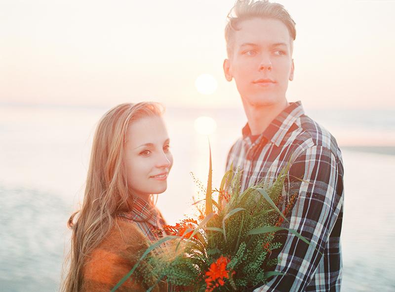 Romantic Loveshoot at the North Sea, Belgium / Shooting de couple romantique à la Mer du Nord, Belgique